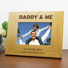 Hampers and Gifts to the UK - Send the Personalised Daddy & Me Photo Frame