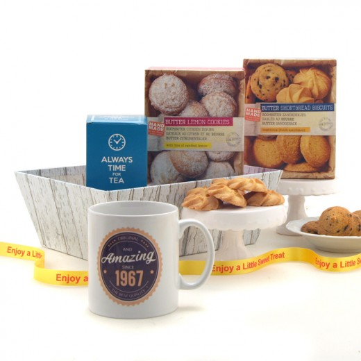 Hampers and Gifts to the UK - Send the Amazing Since - Personalised Cookies Hamper