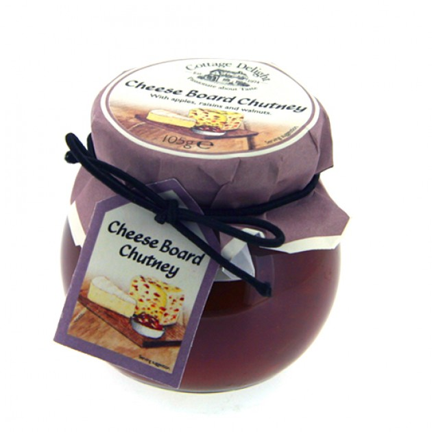 Hampers and Gifts to the UK - Send the Cottage Delight Cheese Board Chutney
