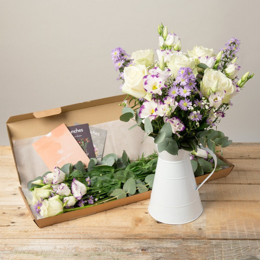 Hampers and Gifts to the UK - Send the Florence Flowers