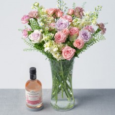 Hampers and Gifts to the UK - Send the Raspberry Gin & Flowers Gift