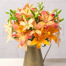 Hampers and Gifts to the UK - Send the Autumn Lillies