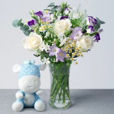 Hampers and Gifts to the UK - Send the Baby Boy Floral Wonder