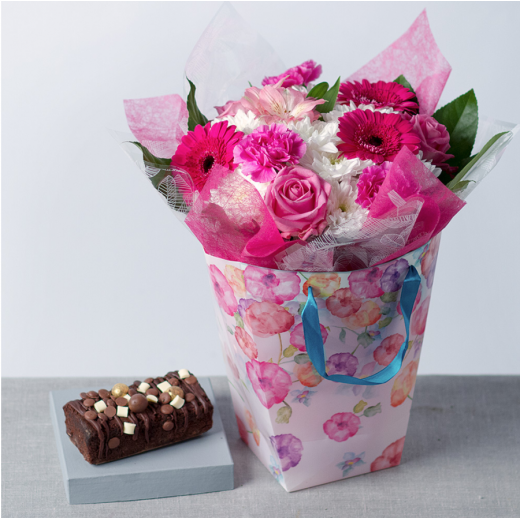 Hampers and Gifts to the UK - Send the Birthday Flowers for Her