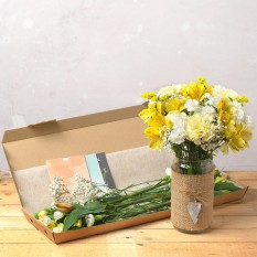 Hampers and Gifts to the UK - Send the Letterbox Friendly Flowers - Oriana