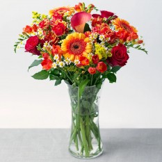 Hampers and Gifts to the UK - Send the Scarlet Flame Bouquet