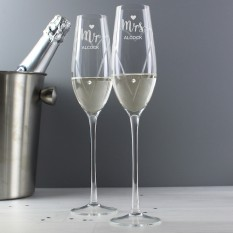 Hampers and Gifts to the UK - Send the Personalised Mr and Mrs Swarovski Flutes