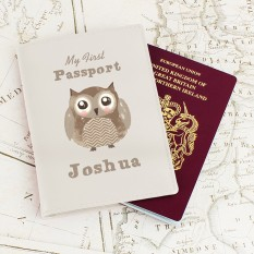 Hampers and Gifts to the UK - Send the Personalised Cute Owl Passport Holder