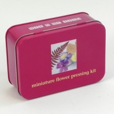 Hampers and Gifts to the UK - Send the Miniature Flower Pressing Kit