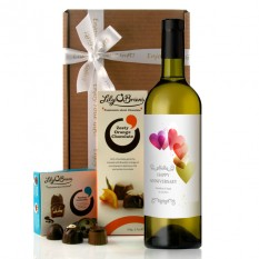 Hampers and Gifts to the UK - Send the Personalised Happy Anniversary Hearts Wine Gift