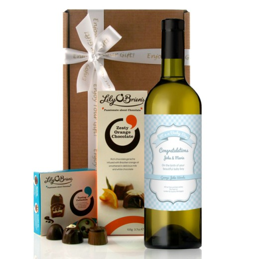 Hampers and Gifts to the UK - Send the Personalised Baby Boy Gingham Wine Gift