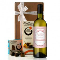 Hampers and Gifts to the UK - Send the Personalised Baby Girl Gingham Wine Gift