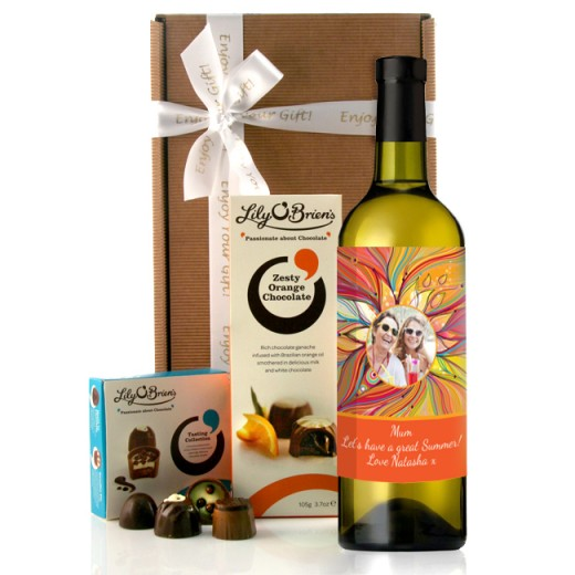 Hampers and Gifts to the UK - Send the Personalised Colour Me Beautiful Wine Gift