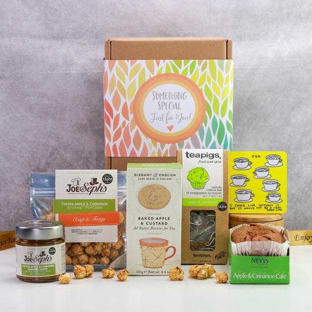 Hampers and Gifts to the UK - Send the Apple and Cinnamon Tea Time Treats