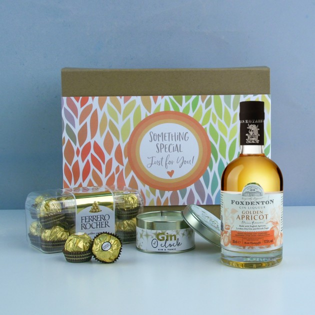 Hampers and Gifts to the UK - Send the Golden Moments Gin Hamper