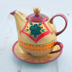 Hampers and Gifts to the UK - Send the Arty Tea-For-One China Teapot