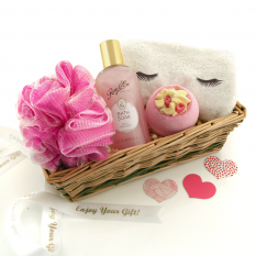 Hampers and Gifts to the UK - Send the Party In The Bath Pamper Gift Basket