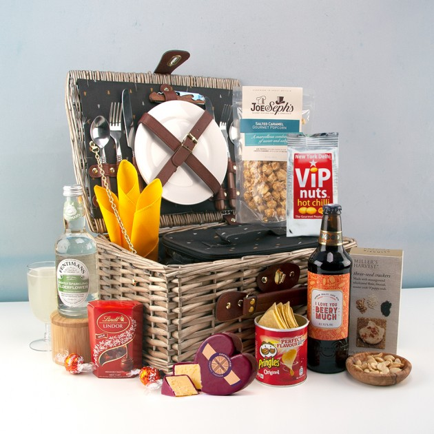 Hampers and Gifts to the UK - Send the I Love You Beery Much Picnic Hamper