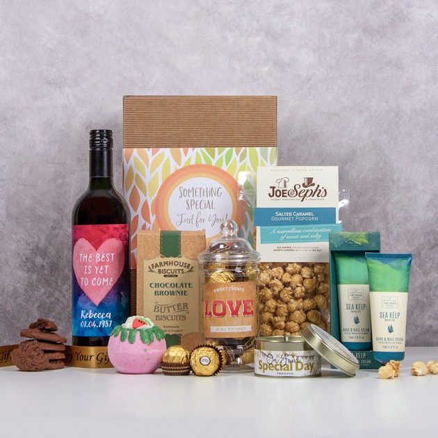 Hampers and Gifts to the UK - Send the The Best Is Yet To Come Hamper