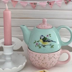 Hampers and Gifts to the UK - Send the Garden Bird China Teapot for One