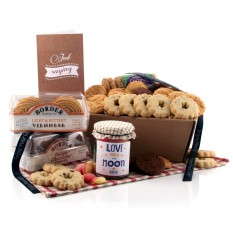 Hampers and Gifts to the UK - Send the Biscuit Favourites Hamper - LOVE YOU TO THE MOON