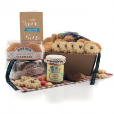 Hampers and Gifts to the UK - Send the Biscuit Favourites Hamper - HOME SWEET HOME