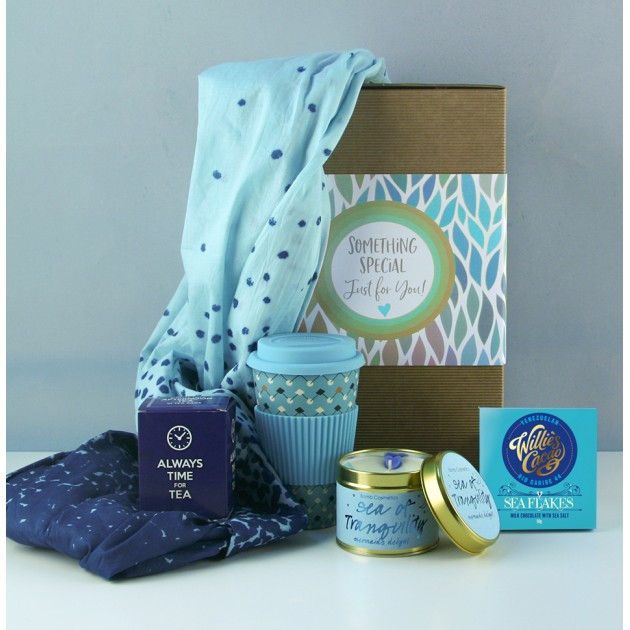 Hampers and Gifts to the UK - Send the Sea of Tranquillity Hamper for Her