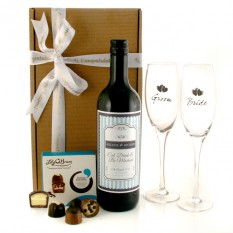 Hampers and Gifts to the UK - Send the Bride and Groom Flutes Personalised Wine Gift Set