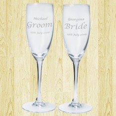 Hampers and Gifts to the UK - Send the Personalised Bride and Groom Celebration Flutes