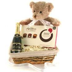 Hampers and Gifts to the UK - Send the Champagne and Chocolates with Teddy Bear
