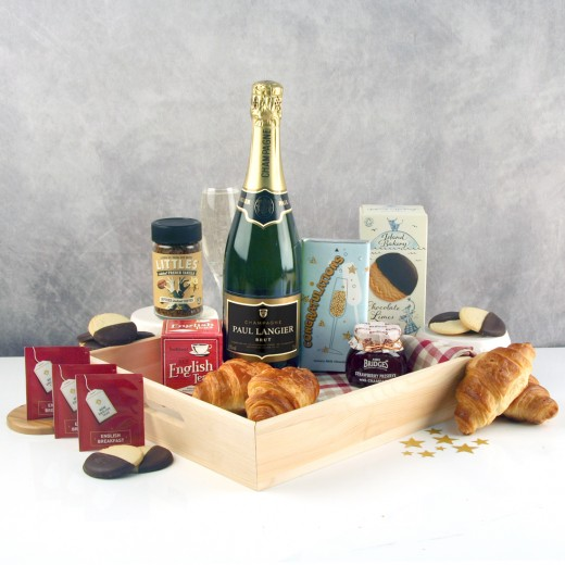 Hampers and Gifts to the UK - Send the Champagne Breakfast for Two