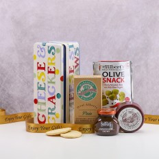 Hampers and Gifts to the UK - Send the Cheese and Crackers Treat