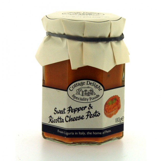 Hampers and Gifts to the UK - Send the Sweet Pepper and Ricotta Cheese Pesto