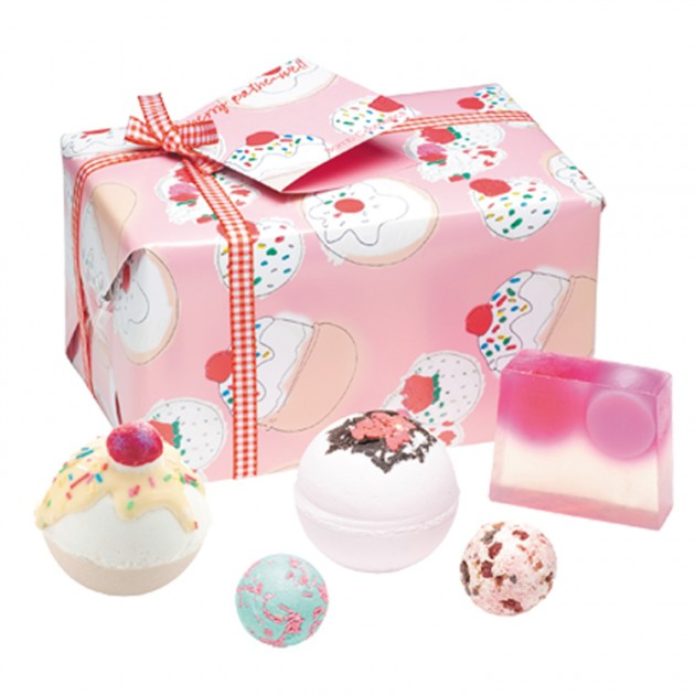 Hampers and Gifts to the UK - Send the Cherry Bathe Well Gift Pack