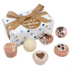 Hampers and Gifts to the UK - Send the Aromatherapy Gift Set - Chocolate Bath Fizzers
