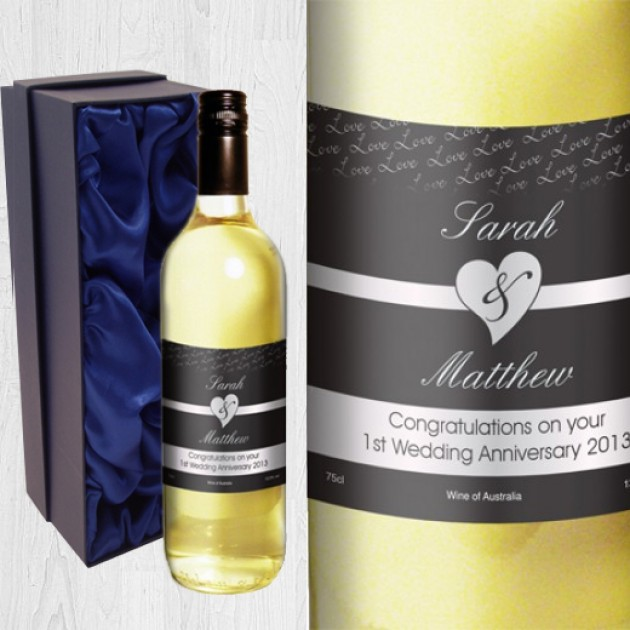 Hampers and Gifts to the UK - Send the Personalised Couples White Wine