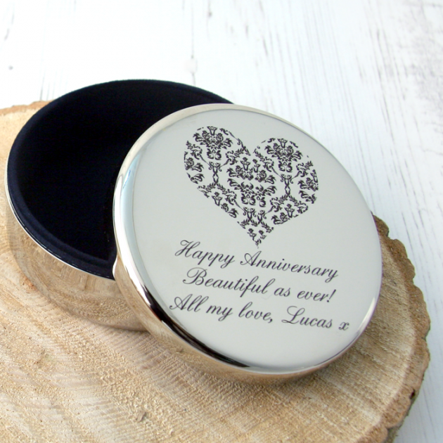 Hampers and Gifts to the UK - Send the Engraved Damask Heart Trinket Box