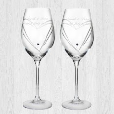 Hampers and Gifts to the UK - Send the Swarovski Heart Wine Glasses Personalised