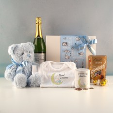 Hampers and Gifts to the UK - Send the Baby Boy Sweet Dreams Gift Set