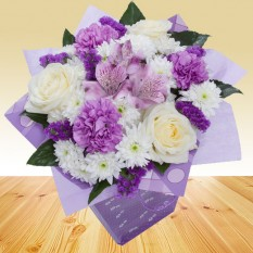 Hampers and Gifts to the UK - Send the Lilac and Roses Dream Bouquet