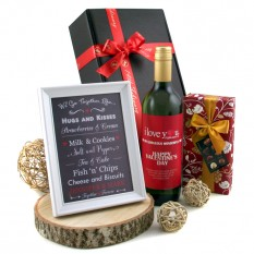 Hampers and Gifts to the UK - Send the Hugs and Kisses Valentine's Gift Box