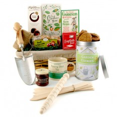 Hampers and Gifts to the UK - Send the Ultimate Gardener's Gift Hamper for Him