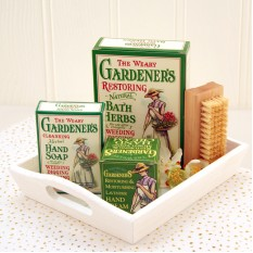 Hampers and Gifts to the UK - Send the The Weary Gardener's Pampering Gift