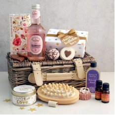 Hampers and Gifts to the UK - Send the * OUT OF STOCK * - Bloomin Delicious Aromatherapy Gift Basket