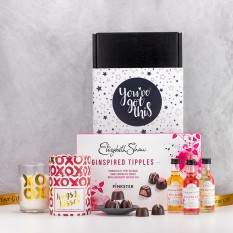 Hampers and Gifts to the UK - Send the A Ginspired Tipple with Hugs and Kisses