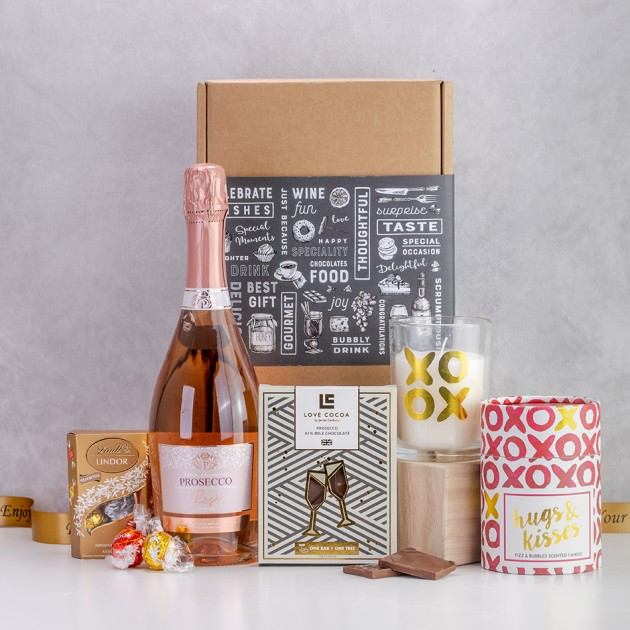 Hampers and Gifts to the UK - Send the  Hugs & Kisses with Fizz & Bubbles