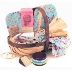 Hampers and Gifts to the UK - Send the Luxury Gardener's Gift Trug for Her