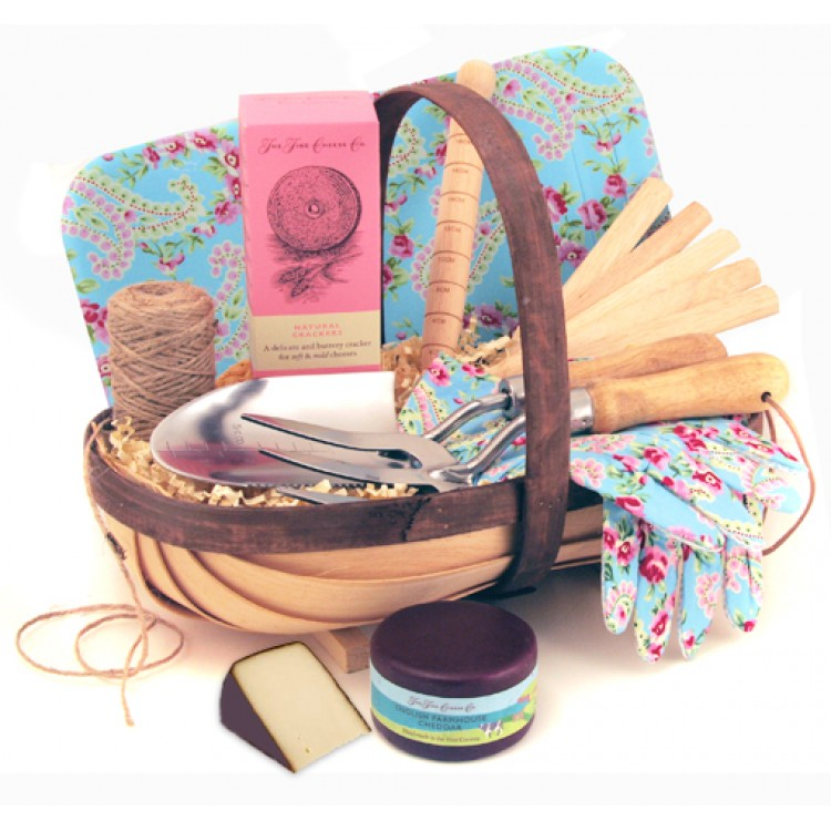 Gardening gifts for women luxury gardener 39 s gift trug for her for Luxury gifts for her