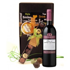 Hampers and Gifts to the UK - Send the Shiraz Wine Chocolates Gift Box