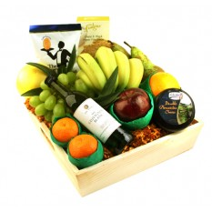 Hampers and Gifts to the UK - Send the Fruit and Wine Gift Basket
